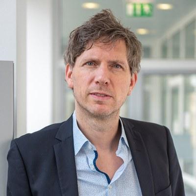 Portraitbild von Herrn Prof. Dr. Stephan Stetter